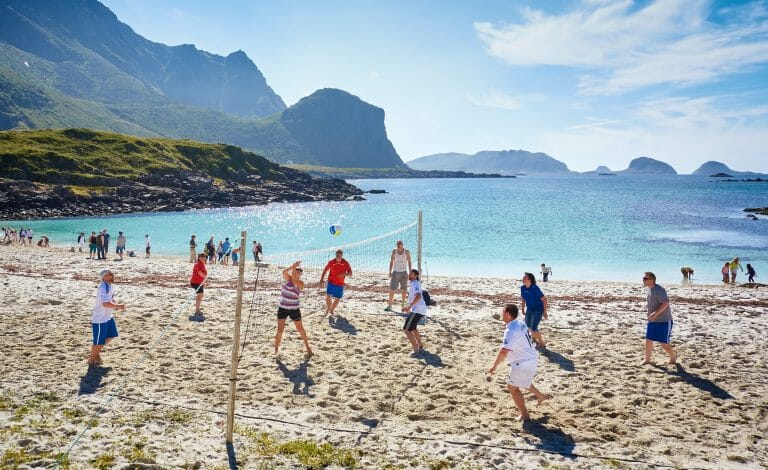 The 29 Best Beach Games & Activities To Enjoy This Summer